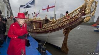 Queen with Gloriana barge