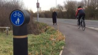 Lower Earley cycle path