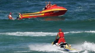 Surf rescue boats search Shelly Beach near Ballina in far northern New South Wales (09 February 2015)