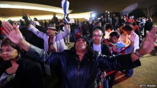 Bobbi Kristina Brown vigil