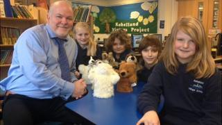 Head teacher Geoff Smith and pupils