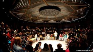The pop-up Roundabout Theatre