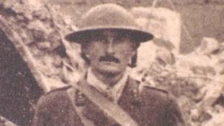 Capt John David Hills