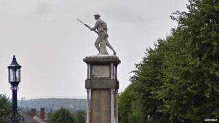 Brierley Hill war memorial