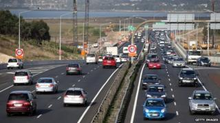 Traffic on a motorway in Auckland