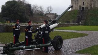 all female gun salute sounded at Cardiff Castle on Sunday