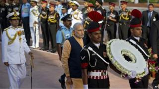 PM Narendra Modi arrives to pay homage at a World War I memorial at India Gate in Delhi March 10, 2015.