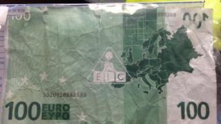 Fake 100 euros note