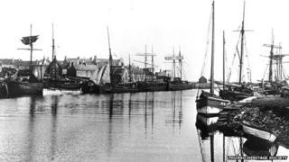 Thurso harbour in 1890s