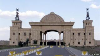 Picture taken 2 March 2003 shows a view of the main gate of former Iraqi President Saddam Hussein's palace in Tikrit, some 200km north of Baghdad, 22 March 2003