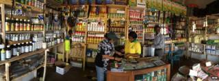 Agro-dealer's store, Uganda (Image: Market Matters)