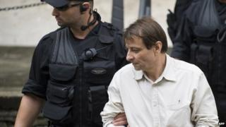 Battisti under arrest, 2009