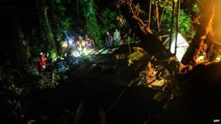 Bus crashes into a ravine in Brazil. 14 March 2015