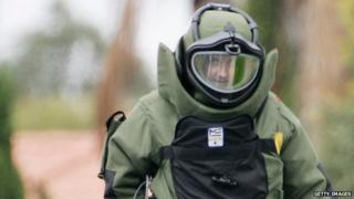File image of an Australian bomb disposal expert