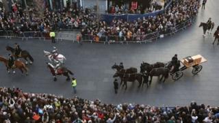 Richard III procession