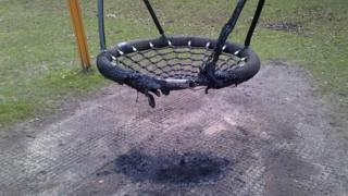 Burnt swing