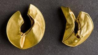 Lock-rings found in Rossett