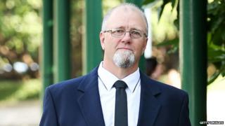 Mark Lundy arrives in Wellington for his retrial (9 Feb 2015)