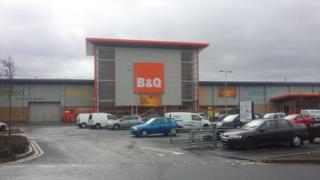 B&Q Derry