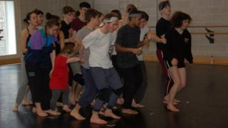Wide dance