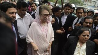 Bangladesh opposition leader Khaleda Zia arrives for her court appearance in Dhaka