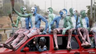 Supporters of Muhammdu Buhari in Nigeria with painted bodies