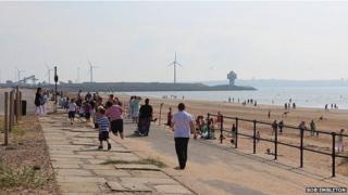 The promenade, Crosby Beach, Seaforth