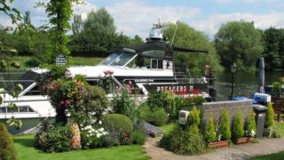 Mike Orme's houseboat
