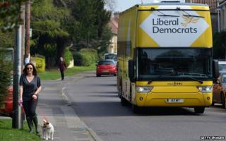 The Liberal Democrat campaign bus arrives in Chippenham - 8 April 2015