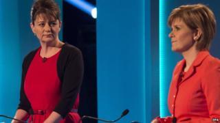 Leanne Wood (l) Nicola Sturgeon (r)