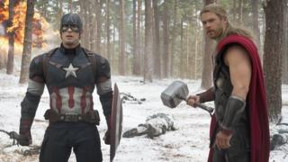 Chris Evans (Captain America) and Chris Hemsworth (Thor) in Avengers: Age of Ultron
