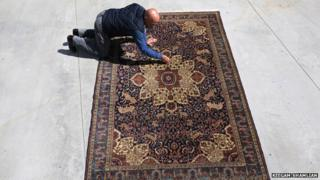 Hratch Kozibeyokian and the Kunzler rug