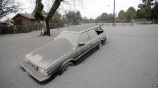 View of a vehicle covered in ash at the Ensenada locality, on the outskirts of Calbuco volcano, which erupted on 22 April after 40 years without activity, Los Lagos region, south of Chile, on 23 April 2015.