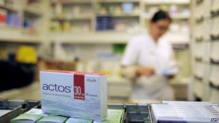 A picture taken on June 9, 2011 in a pharmacy in Dijon, eastern France, shows a pack of Actos anti-diabetic drugs.