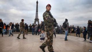 2014 file photo of French soldier on patrol in Paris