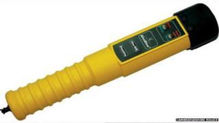 Breathalyser device