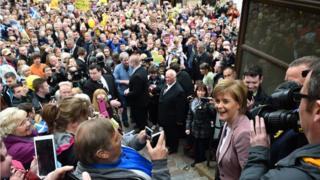 Crowds greet Nicola Sturgeon in Inverness