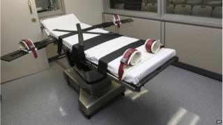 The gurney in the the execution chamber at the Oklahoma State Penitentiary in McAlester, Okla.