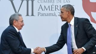 US President Barack Obama shakes hands with Cuban President Raul Castro on sidelines of Summit of the Americas. 11 April 2015