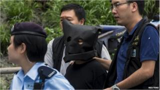 Kidnap suspect takes part in police reconstruction in Hong Kong (5 May 2015)