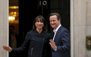 Camerons back at Downing Street