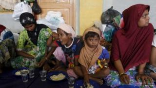 People believed to be Rohingya migrants in a shelter in Aceh, Indonesia (12 May 2015)