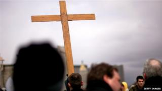 US Christians numbers 'decline sharply', poll finds