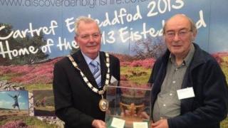 John Glyn Jones (right) and Deputy Chairman of Denbighshire Council Ray Bartley