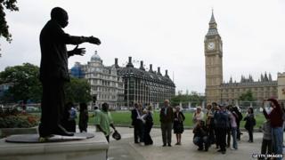 Nelson Mandela statue in Parliament Square