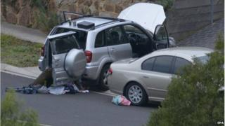 Cars are searched in Greenvale, Melbourne (8 May 2015)