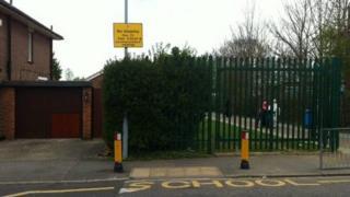 Crossing outside William Austin school in Luton