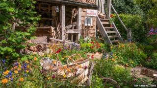 Trugmaker's garden