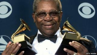 BB King with Grammys