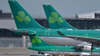 Aer Lingus jets